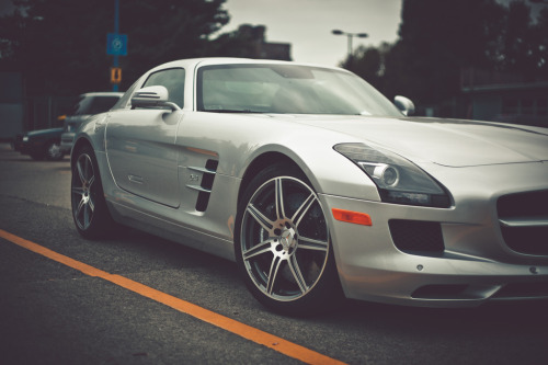 automotivated:  SLS (by nzadrafi)