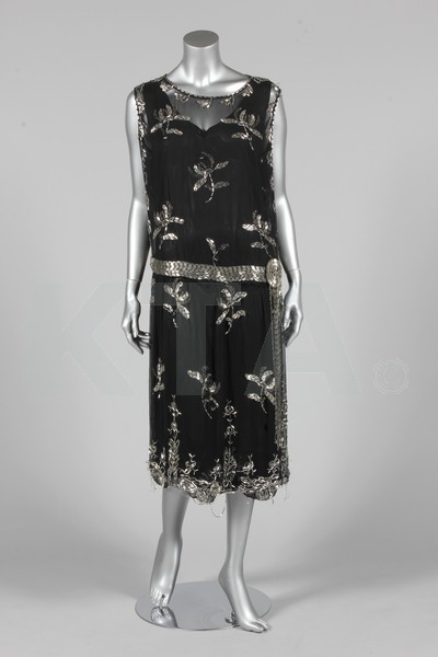 Cocktail dress, ca 1925 Bust is 112cm/44in, about a size 20 UK/16W US (plus sizes). Lot comes with a bolero made from a cape by Maria Gallenga. Click to go to the absentee bidding page.  This Kerry Taylor auction will end October 16th at 10:30 AM GMT (5:30 AM EST).  You will need to register to bid ahead of time.