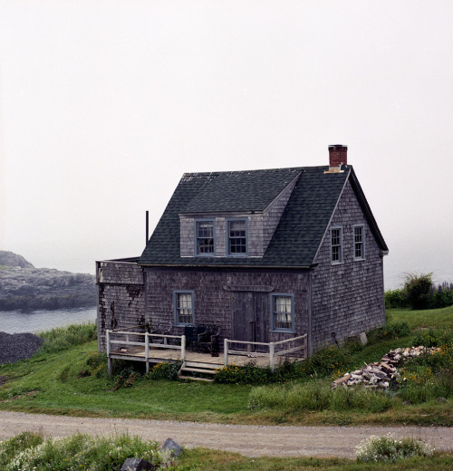 Shingled cottage on Monhegan Island, 12 miles off the coast of Maine.  Submitted by Jonathan Levitt. More of his excellent photography here.