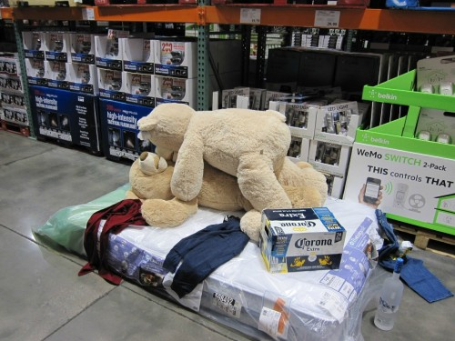 My buddy decided to have some fun inside Costco with a mattress… - Imgur