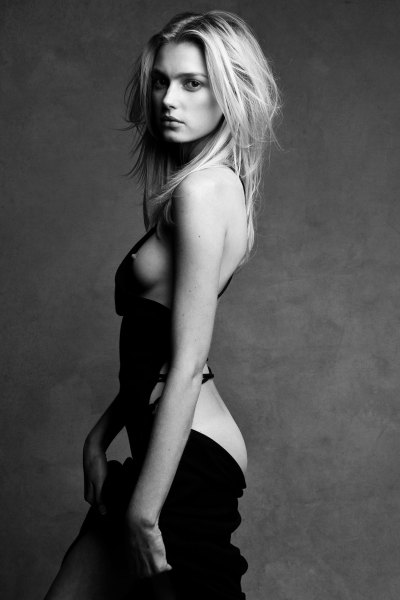 momongamon:  Sigrid Agren by Patrick Demarchelier