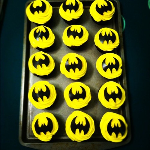 #cupcakeinacookie #mycreation #myorder #batman #mybusiness #onmyown #pinoy #pinay #filipino #filipina #takingorders # (Taken with Instagram at Im At Hogwarts Fool)