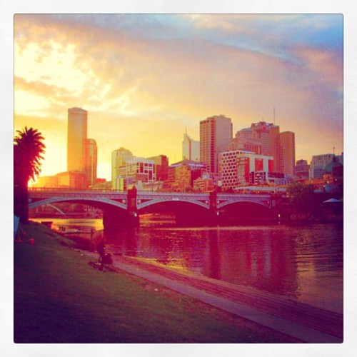 Our final sunset in Melbourne, Australia… I will miss this fine city that is now one of my favorite places on earth!!! I can't wait to come back!!! (Taken with Instagram)