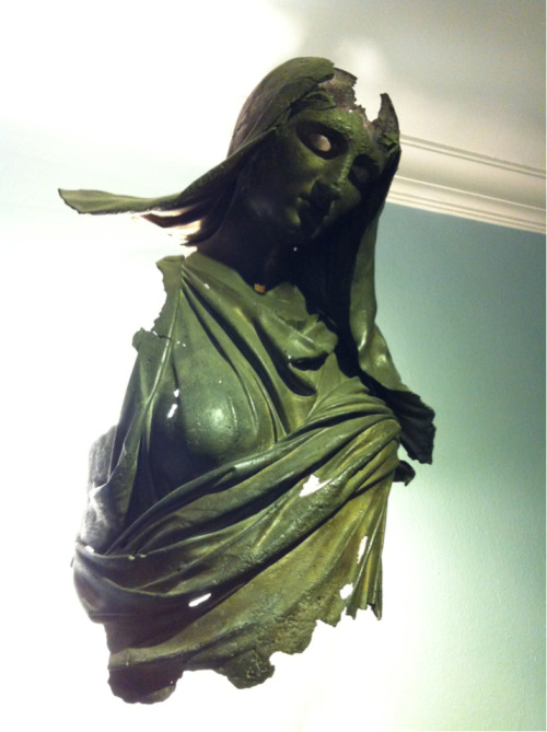 Creepy bronze statue of Demeter (3rd c. BCE) at the Archaeological Museum of Izmir. This has nothing whatsoever to do with literacy or ancient libraries, but I will most likely have nightmares about it for the rest of the trip …