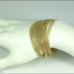 14ktgf #liquidgold chain bracelet, by #AshleyChilds #jewelryoftheday #deluxe #jewelryofinstagram #goodmorning #jewelrytodiefor #gold #handmodel #luxe #love #ilovemyjob #ilovemyart #art #uniquela #LosAngeles #onlyart #intuition #kinesthetic #kinetic  (Taken with Instagram)