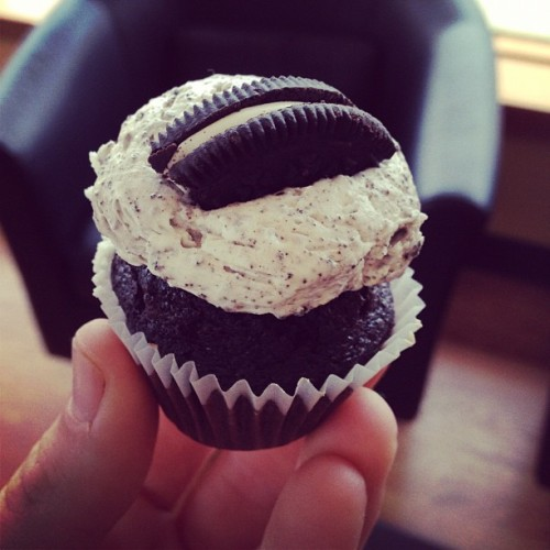 Just a mini oreo. (tomada con Instagram en Cupcake Station)