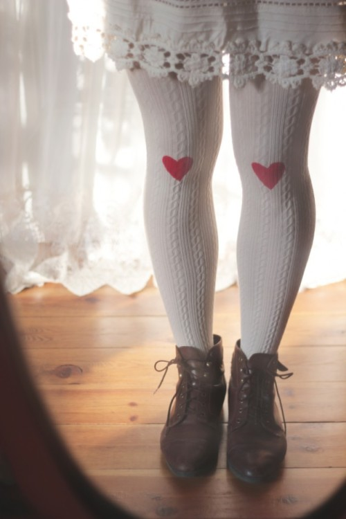 DIY Stenciled and Painted Tights Tutorial from Boat People here. I also really like the tutorial from 3191 Miles Apart here that uses freezer paper for the stencil. For more altered tights go here: truebluemeandyou.tumblr.com/tagged/tights