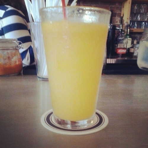 Fresh squeezed oj in Ghia's megamosa. Yummmmmmy! (Taken with Instagram)