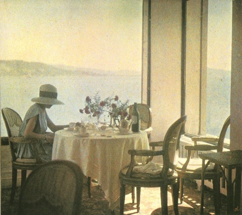 denise-puchol:  Bibi at Eden Roc, Cap d'Antibes lartigue 1920