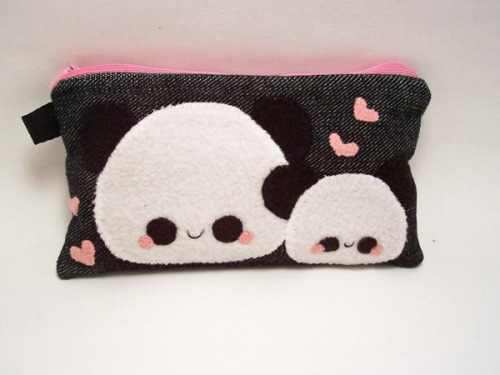"Pudding Panda Pencil Case! ""Pudding Pandas live in the mountain regions of Pudding China. They like to munch munch munch on stacks of pudding bamboo. Pandas are solitary creatures and do not tolerate other pudding pandas infiltrating their territory, grr!"" This pouch is made to fit pencils, pens, makeup, coins and change, mp3 players, ipods, and cell phones. Available in my online shop here."