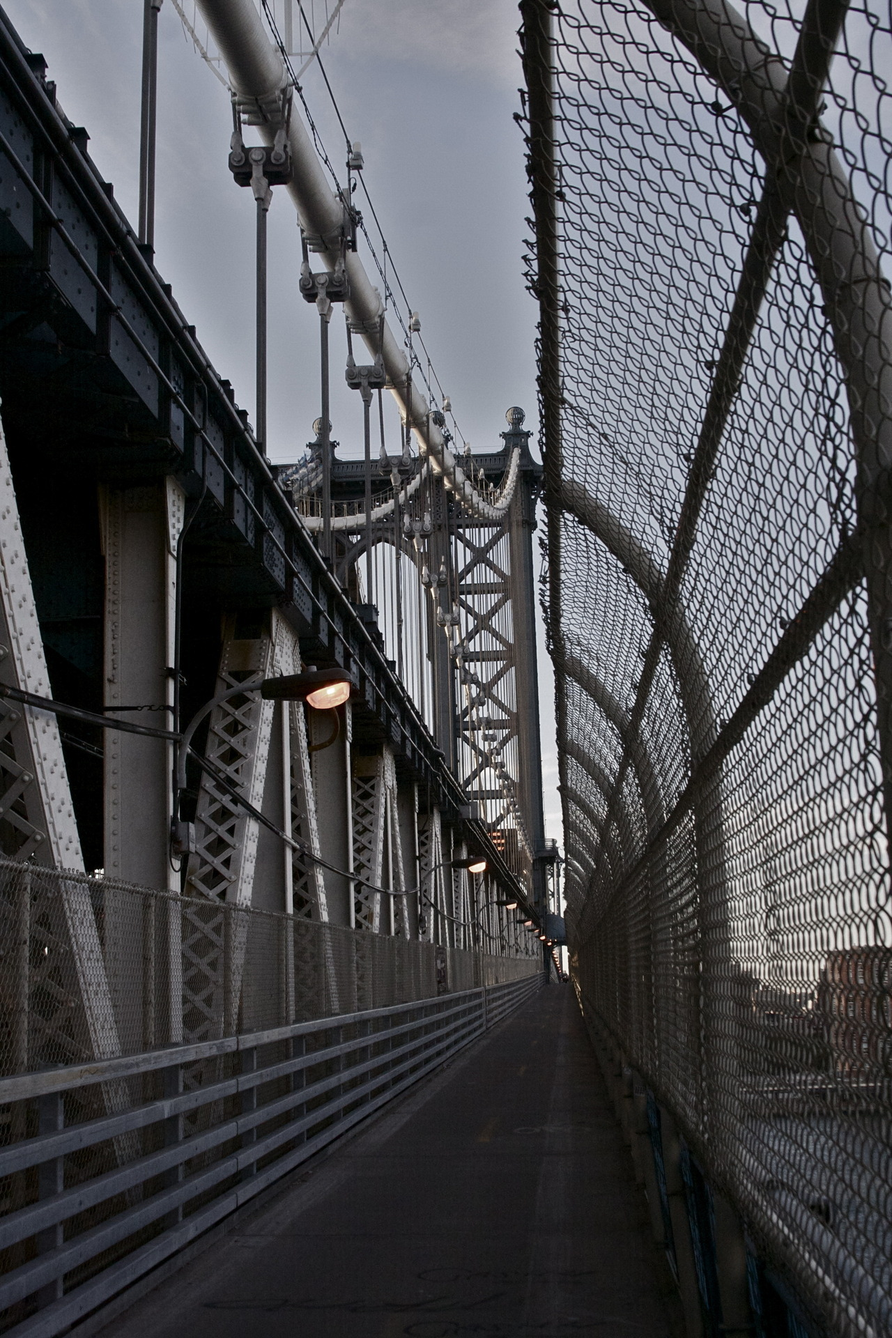 now-youre-cool:  Manhattan bridge