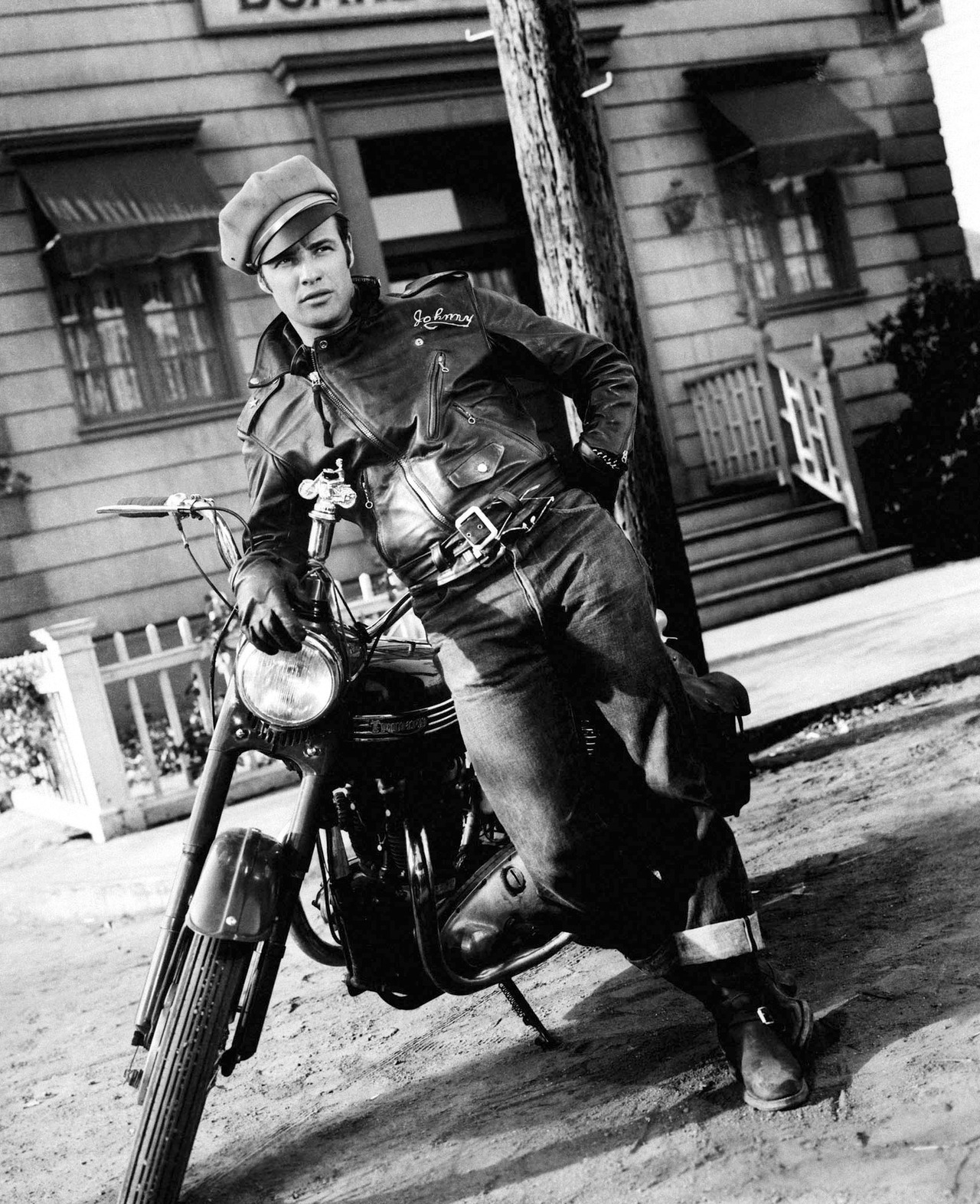 theclassyissue:  Marlon Brando in The Wild One (1953)