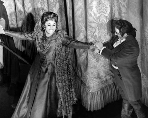 "Leontyne Price and Italian tenor Carlo Bergonzi acknowledge the cheers after their performance in ""A Masked Ball"" at the stage of the Metropolitan Opera in Lincoln Center, on April 16, 1966 in New York. Photo:AFP/Getty Images."