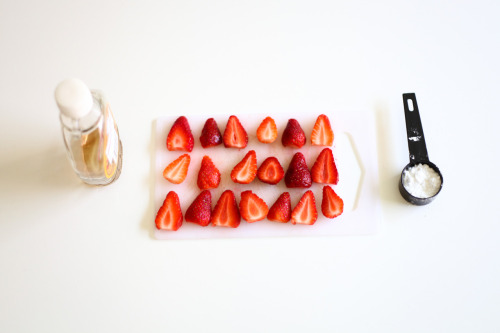 thingsorganizedneatly:  SUBMISSION; Preparation for pancakes by Eva Marie Close, a photographer living in Sydney who runs the blog 'ELM': http://evaclosephotography.blogspot.com.au/