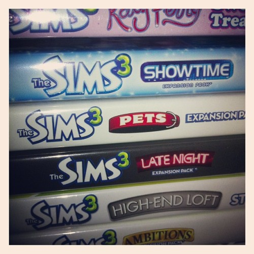 I love u the sims  (Taken with Instagram)