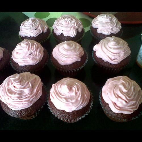 Homemade red velvet cupcakes with pink cream cheese icing #yum #homemade #ilove2bake #baking #cupcakes #pink #red #velvet #redvelvet #icing #loveit #sogood #imade