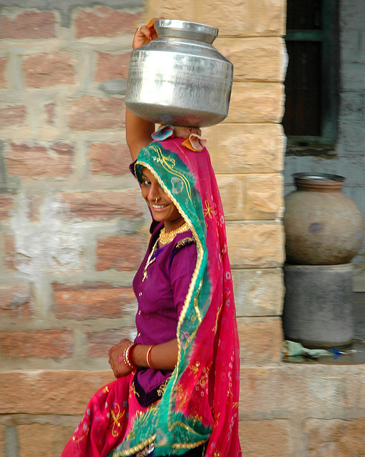 sheisfromindia:  water bearer by Shreyans Bhansali on Flickr.
