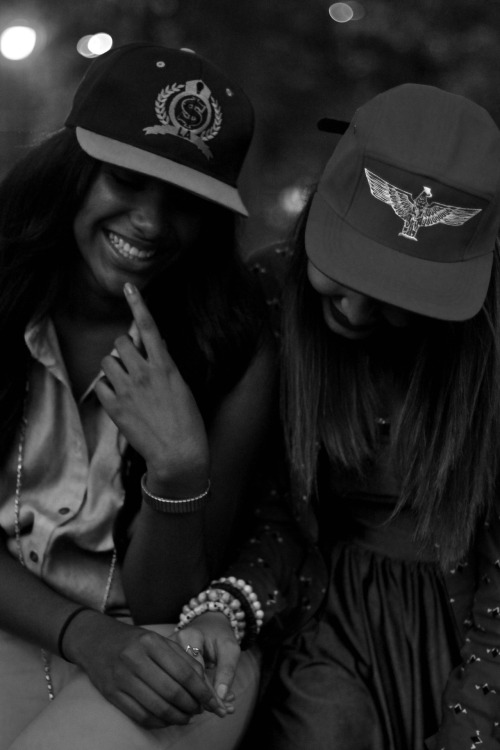 Hat by Live Astro. Models: Odalys & Vicky Taken by: Hov