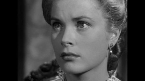 A 23 years old Grace Kelly in High Noon (1952; dir. Fred Zinnemann)