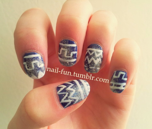 "galaxy aztec nails This design is a recreation of ""mrcandiipants"" design. I love her nail-art, her designs are original and always look good! I saw this design and I had to create this on my own nails! They're not as beautyfull as mrcandiipants nails, but I've to try it!"