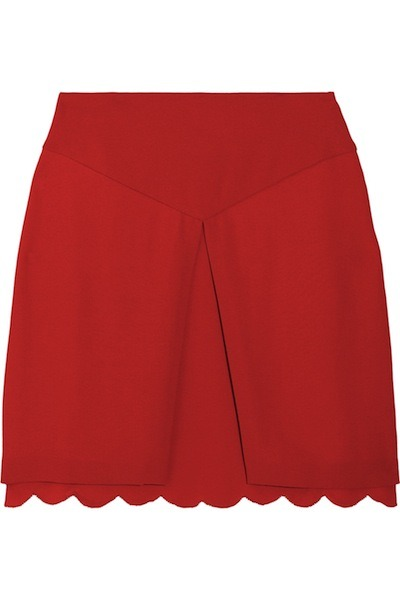 evachen212:  perfect little red scalloped skirt—only available in size 48, sob—by Giulietta