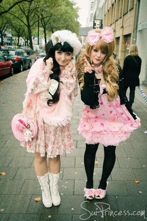 Yuki and me yesterday HIME !!! http://www.suiprincess.com/2012/10/princess-melody-hime-shopping-new.html <——