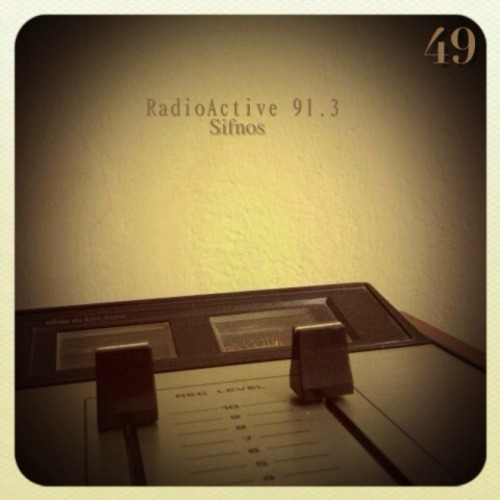EPISODE 49 on http://www.radioactivefm.gr/ TRACKLIST Martha High & Speedometer - I'd Rather Go Blind  Nina Simone - Black Is The Color Of My True Love's Hair (Jaffa Remix)  The Soul Fantastics - Ain't No Sunshine  Cayetano - Chin Achin  Vinicio Capossela - Che Cosse L' Amor  Firewater - Bhangra Bros  Defunk & Chaosfox - Anything To Make It Swing  Stefano Miele - To Proto Ft. Ghetonia ([dunkelbunt] Remix)  17 Hippies - Mad Bad Cat 10)  Hippies - El Dorado  Kostis Maraveyas - To Kalokairi Efige  Giant Giant Sand - Carinito  Kill Emil - Porfavor  Quantic Pres Flowering Inferno - No Soy Del Valle  Sugarpie & The Candymen - Aveva Una Casetta  Lonnie Liston Smith - A Chance For Peace  Monophonics - Keep Looking Ahead Dlink: http://www42.zippyshare.com/v/82817089/file.html