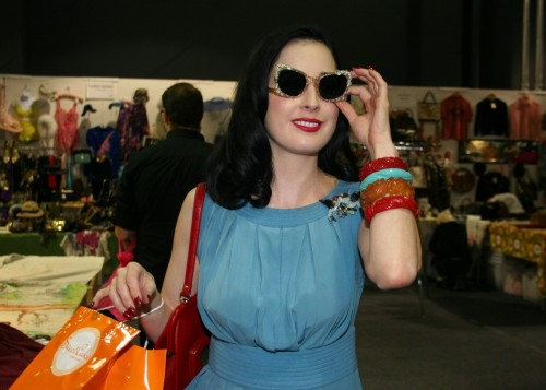 Dita Von Teese goes to the Vintage Fashion Expo - shouldn't you? Oct 20th & 21st @ the Santa Monica Civic more info @ http://vintageexpo.com  @VintageExpo