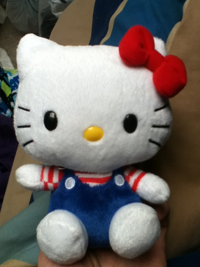 iseemonkeys123:  I haves hello kitty:D