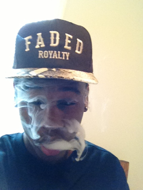 novalaced:  #Faded