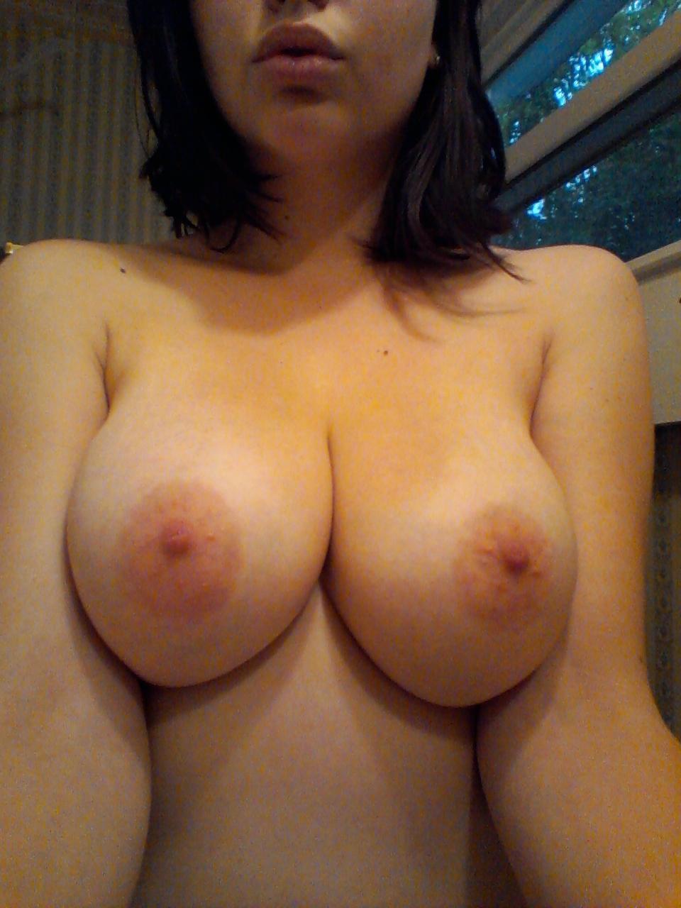 Частное фото большая голая грудь 15 фотография