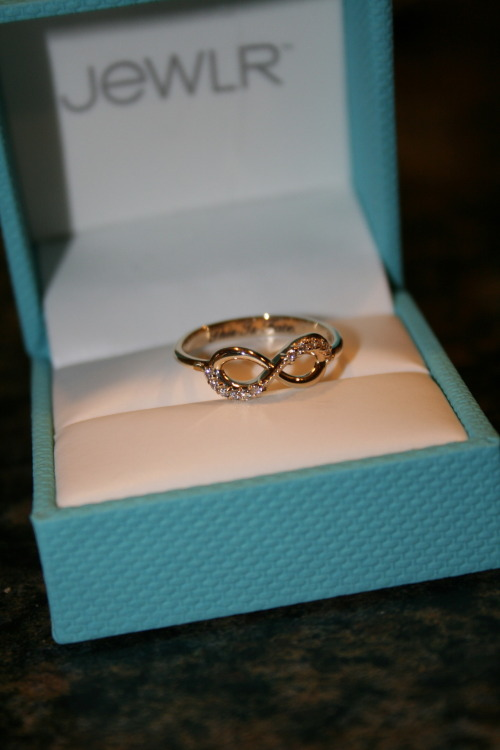 almiravalenzuela:  i want to have one :) <3  Will this pass as an engagement ring? If yes… then, babe! I want this! Lol