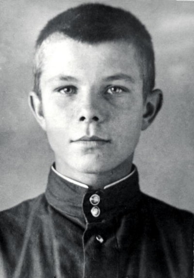 enigamii:  A youthful future Cosmonaut, Yuri Alekseyevich Gagarin (Ю́рий Алексе́евич Гага́рин)  09 March 1934 – 27 March 1968 | The first human being to fly in space.