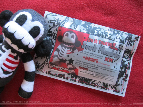 Find out how you can win this AWESOME sock monkey kit from Rebel a la mode plus 20 other prizes on my blog Oct 12th-14th! Click the pic for details! Reblog please!
