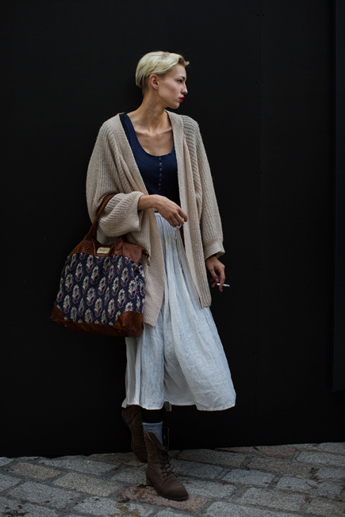 The neutral layers are perfect for weather like this week's! (via On the Street….Somerset House, London « The Sartorialist)