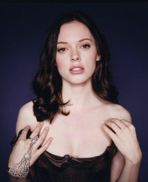 suicideblonde:  Rose McGowan
