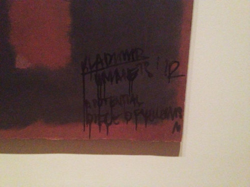 thatsnotgangster:  Russian artist tags Rothko at Tate Modern  i don't get it.