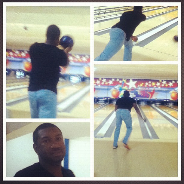 #bowling @americanglow #fun #dates #datenight #chilling #funtimes #funny #silly #pro #doit #lets #go  (Taken with Instagram)