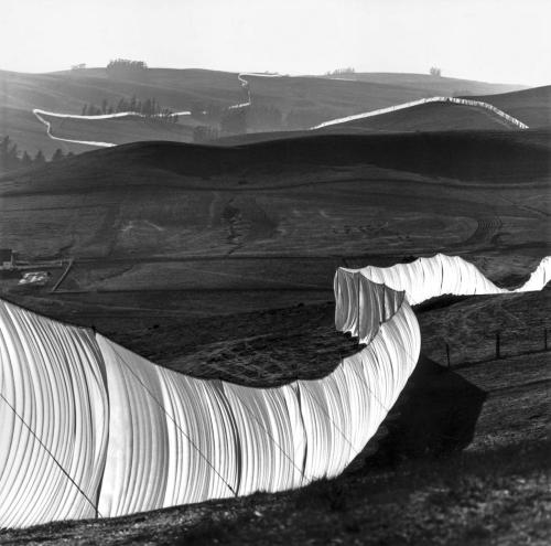 Christo and Jeanne-Claude, Running Fence, Sonoma and Marin Counties, California, 1972-76.  Nylon fabric and steel poles, 18 feet x 24 1/2 miles.