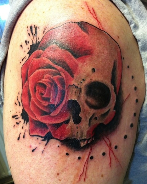fuckyeahtattoos:  Skull and rose design done by Steve Wade at the All Seeing Eye Tattoo Lounge in Bradford, West Yorkshire BD4 9JY Instagram: @steve_wade_tattoo Facebook: http://www.facebook.com/AllSeeingEyeTattoo Website: http://www.all-seeing-eye.co.uk