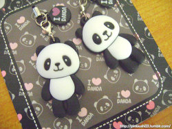Panda cellphone charms bought for Php80 (approx US$2.00) at a stall in Trinoma :)
