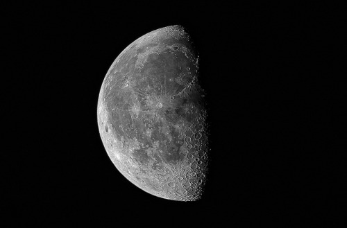 spacettf:  October Moon by James Dyson on Flickr.