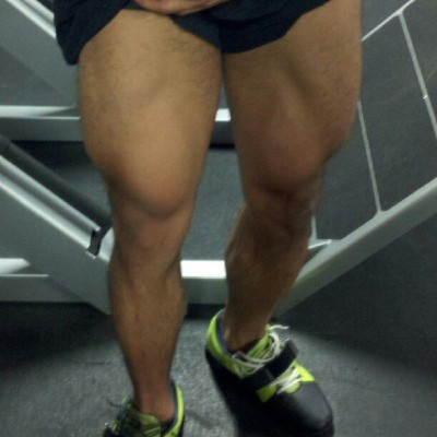 One of those Mondays.. Do your fucking #squats! #quads #legs #boom #gym #fitness #workout #quadzilla..? (Taken with Instagram)
