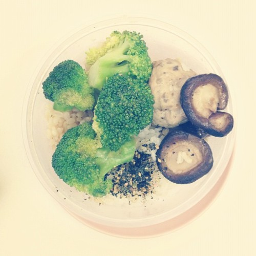 Today's lunch // Homemade pork balls, white wine sautéed shrooms, broccoli on mixed rice. // I love meatballs!!! But the store-bought ones are full of dubious chemicals. #food #bento  (Taken with Instagram)