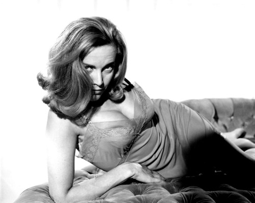 Honor Blackman http://cheerall.com