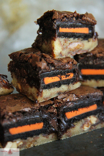 halloween slutty brownies.