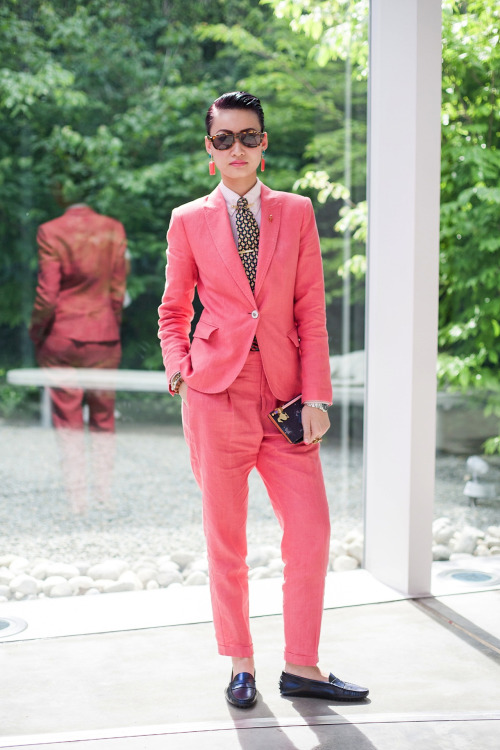 topshop:  We're tickled pink with this androgynous coral suit.