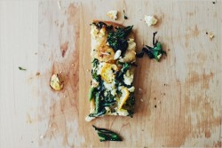 squaremeal:  (via food drink / // Broccolini & Charred Lemon Flatbread)