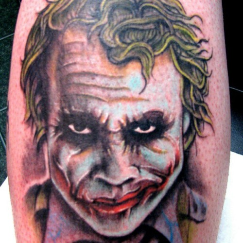 dareitattoo:  He wants to tell you how he got his scars… #DareITattoo #tattoos #tattooshops #TDK #DarkKnight (Taken with Instagram)