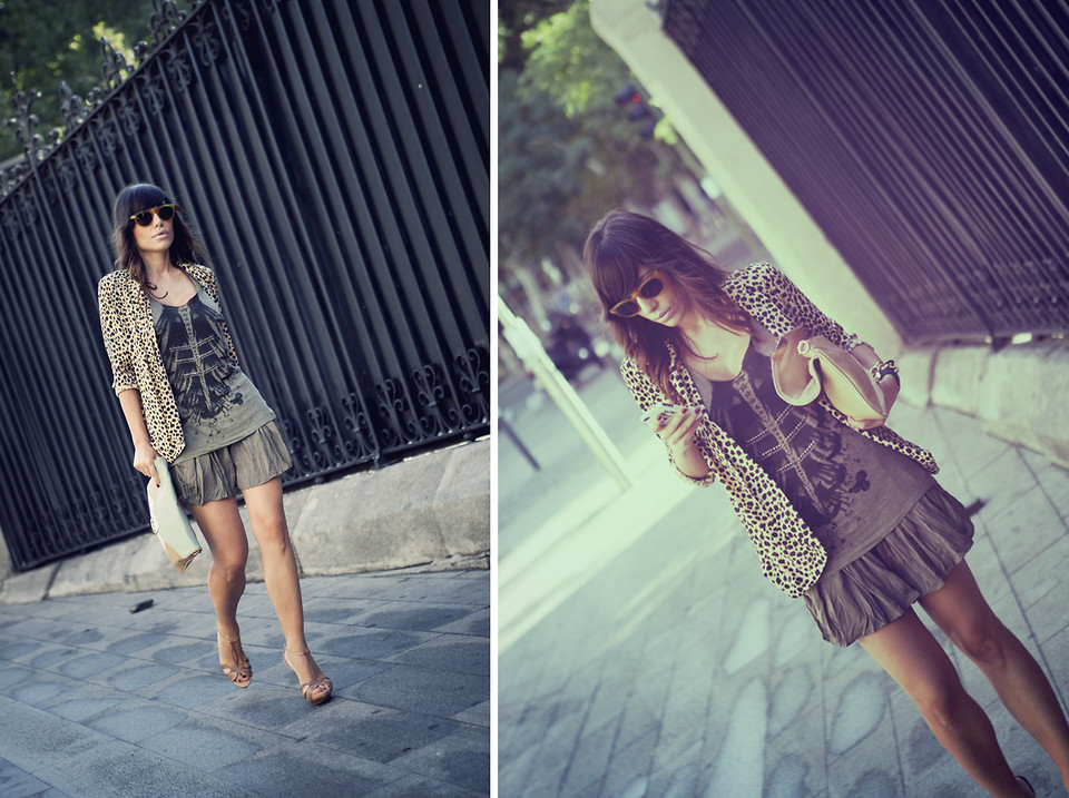 Lady Shorts and print jacket. (by Barbara Crespo)
